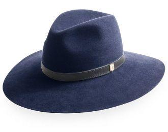 Naisten hattu