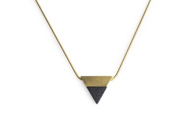 BeWooden - 0 Vespa necklace triangle