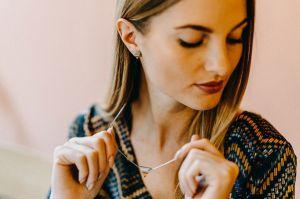 Lini Earrings Triangle